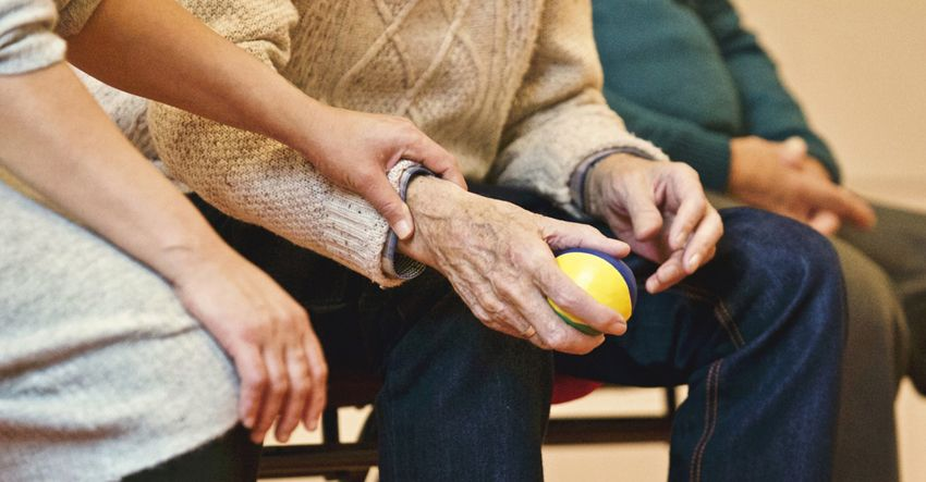 old people occupational therapy