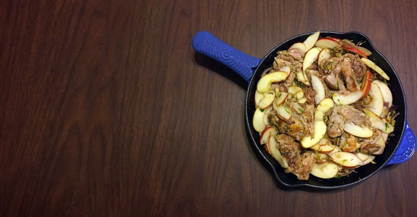 skillet chicken with brussels sprouts and apples