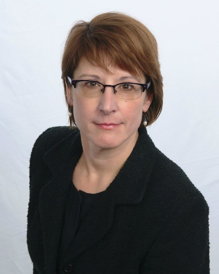 lee ann dmochowski, director of employee experience for right at home central new jersey