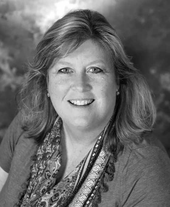 Black and white profile photo of Diana Siciliano