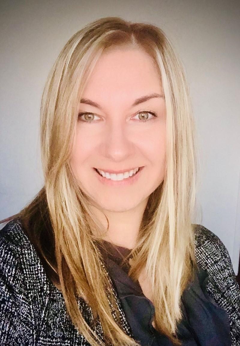 Maggie Brzozowska, Recruiter