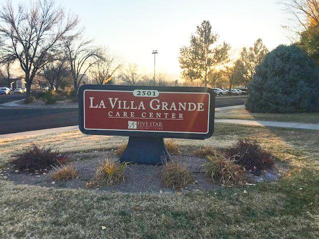 La Villa Grande Care Center Sign